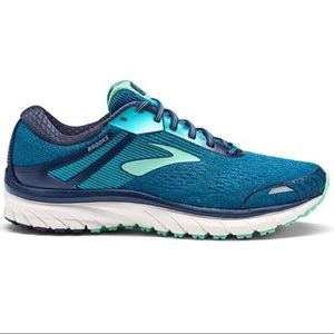 BROOKS WOMEN'S ADRENALINE 18 size 6.5